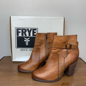 Frye Patty Riding Leather Booties In Camel Sz 8.5